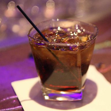 Hennessy and Coke Recipe Variations | Bevvy