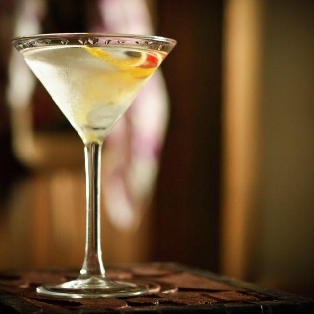 50/50 Martini Recipe | Bevvy