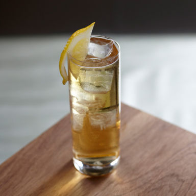 Hennessy and Coke Recipe | Bevvy
